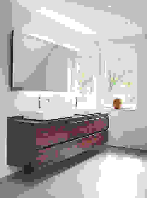 Badezimmer Badezimmer von Strotmann Innenausbau GmbH