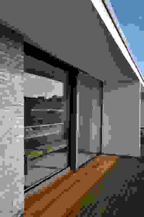 Modern balcony, veranda & terrace by Sieckmann Walther Architekten Modern
