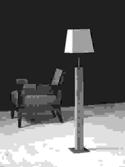 di Andras Koos Architectural Interior Design Eclettico