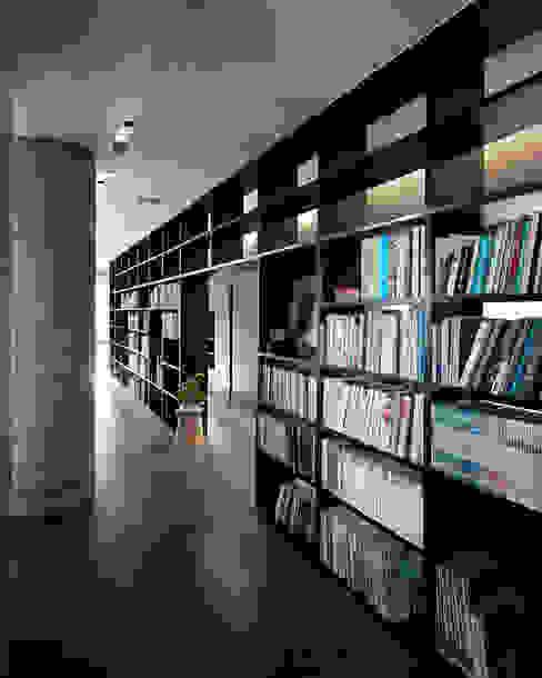 Kaohsiung City | Taiwan Asiatische Wohnzimmer von LEICHT Küchen AG Asiatisch