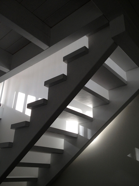Haus B cordes architektur Flur, Diele & Treppenhaus im Landhausstil