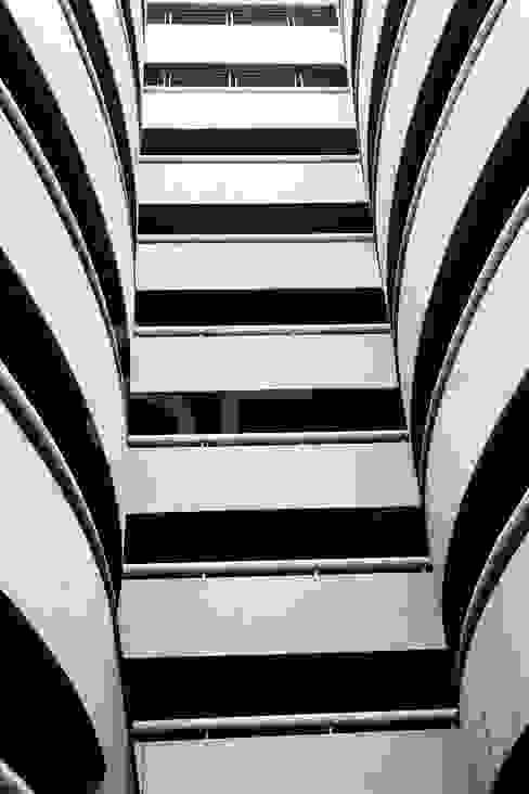 Architekturfotografie Modernes Messe Design von styleElements Modern