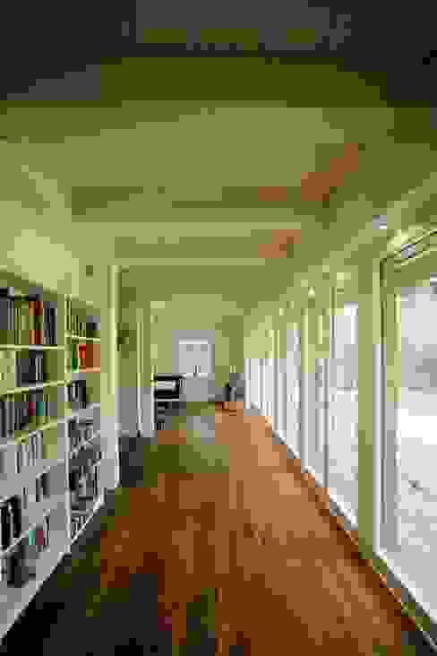 Der Innenraum, Gartenseite Moderne Arbeitszimmer von Architektur- und Innenarchitekturbüro Bernd Lietzke Modern