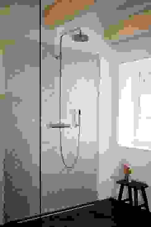 Bad Moderne Badezimmer von Architektur- und Innenarchitekturbüro Bernd Lietzke Modern