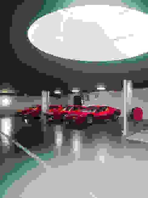 Garage and Shed by PHILIPPE STUEBI ARCHITEKTEN ETH BSA SIA GMBH