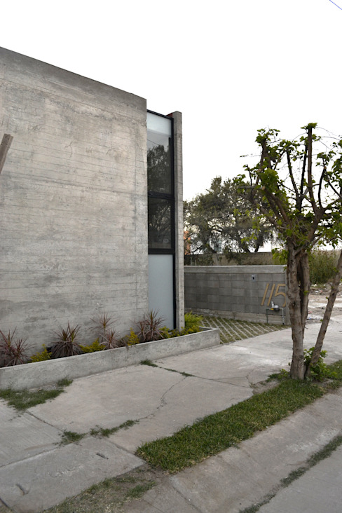 Intimidad Casas de estilo industrial de homify Industrial