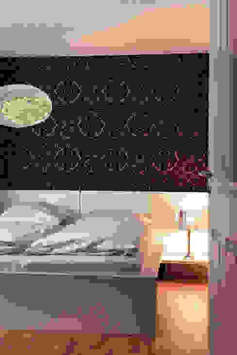 Seehaus Moderne Schlafzimmer von Heike Gebhard Wohnen Modern