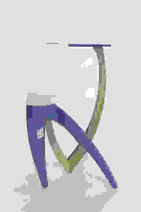 E1+E4 Living roomSide tables & trays