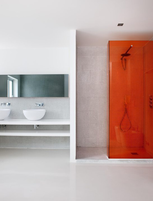 Baño - The White House: Baños de estilo  de Bernadó Luxury Houses
