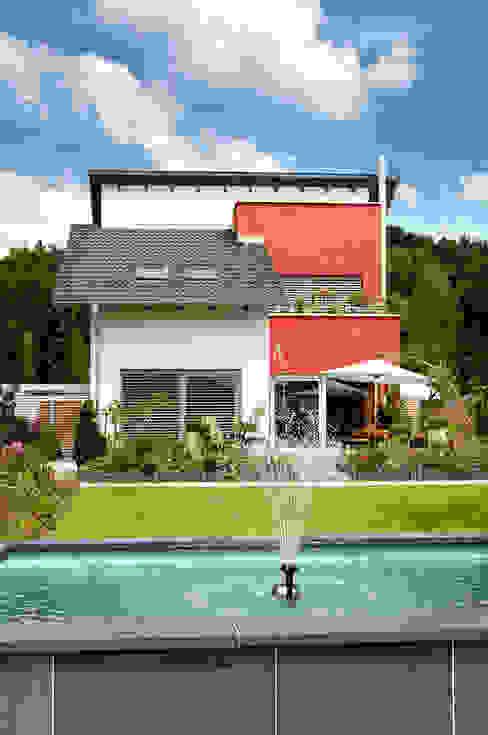 KLASSISCHES EINFAMILIENHAUS Klassische Häuser von b2 böhme BAUBERATUNG Klassisch