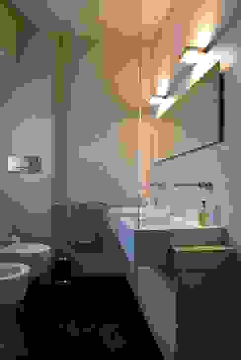 浴室 根據 Calzoni architetti
