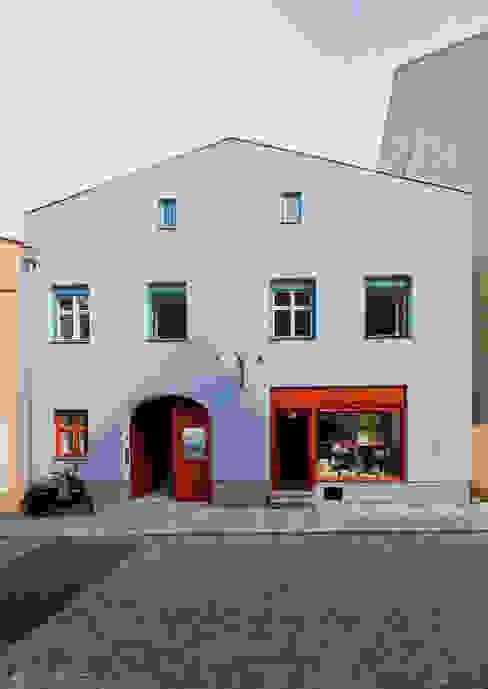 Ansicht Vorderhaus Ladenflächen von Peter Haimerl . Architektur