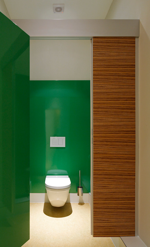 Toilettentrennwand ZEBRANO: modern  von homify,Modern