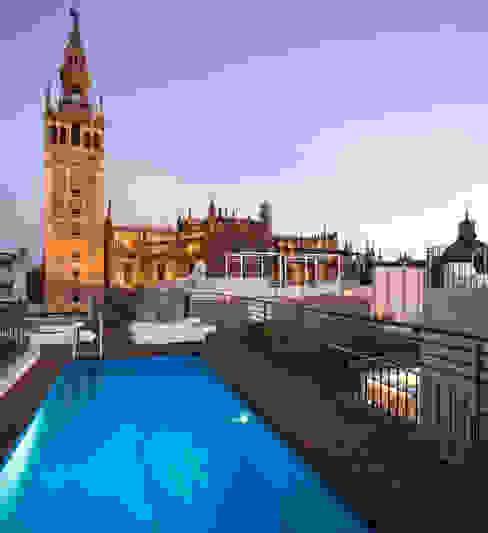 Zwembad door Donaire Arquitectos,