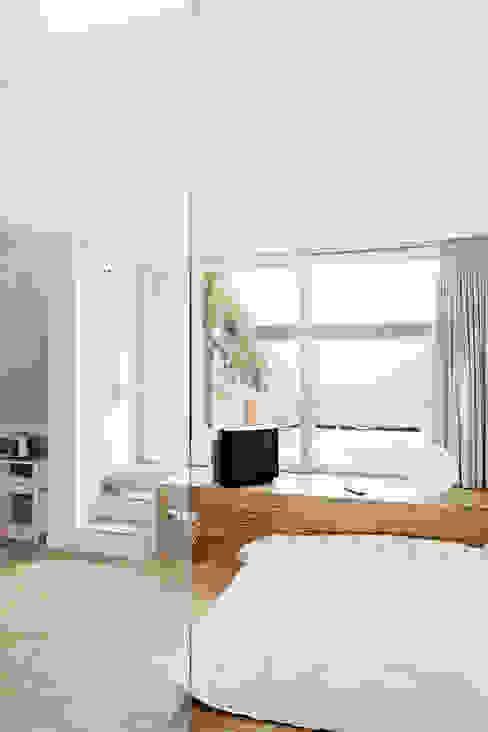 Habitaciones de estilo industrial de roberto murgia architetto Industrial