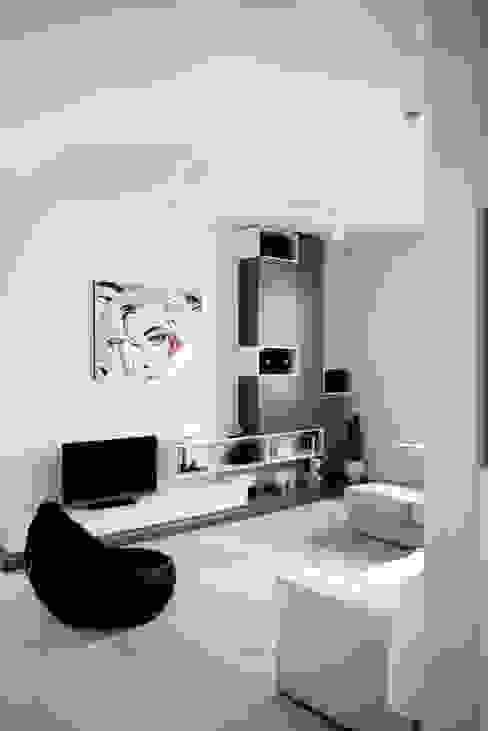 casa MS_SM Soggiorno moderno di msplus architettura Moderno