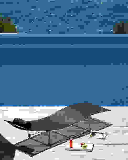 Terrasse von Octavio Mestre Arquitectos, Minimalistisch