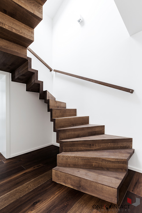 Modern corridor, hallway & stairs by ONE!CONTACT - Planungsbüro GmbH Modern