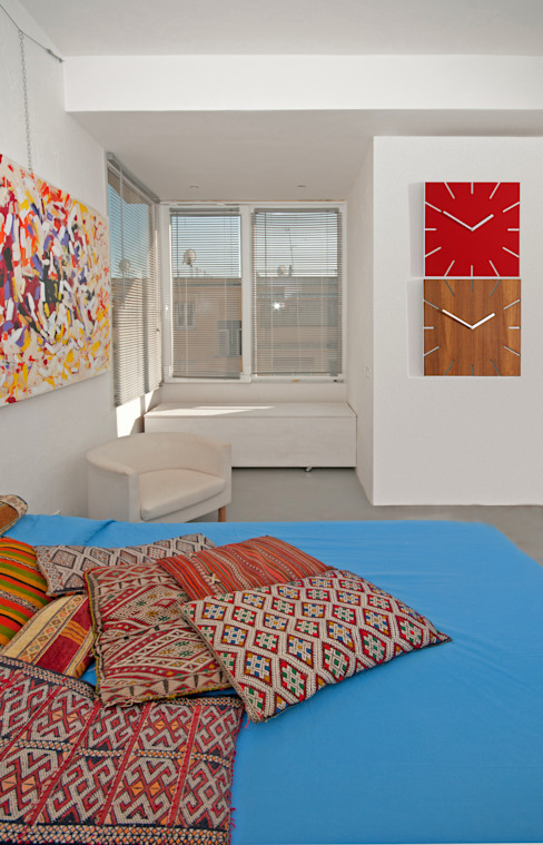 Modern style bedroom by Fabiola Ferrarello architetto Modern