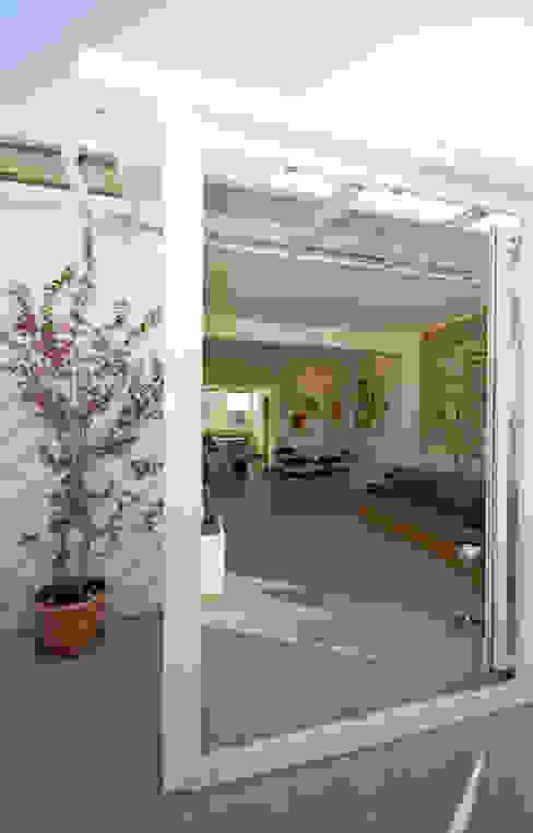 Modern style balcony, porch & terrace by Fabiola Ferrarello architetto Modern