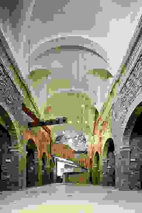 Jordi Surroca Museos de estilo moderno de Dc arquitects Moderno