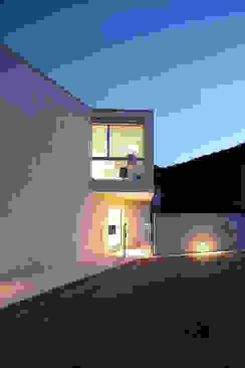 Casa a Riva S. Vitale Case moderne di Studio d'arch. Gianluca Martinelli Moderno