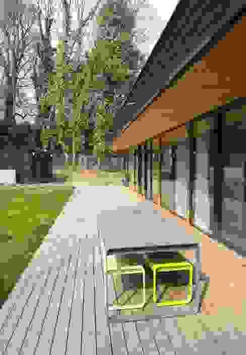 by Allegre + Bonandrini architectes DPLG Modern