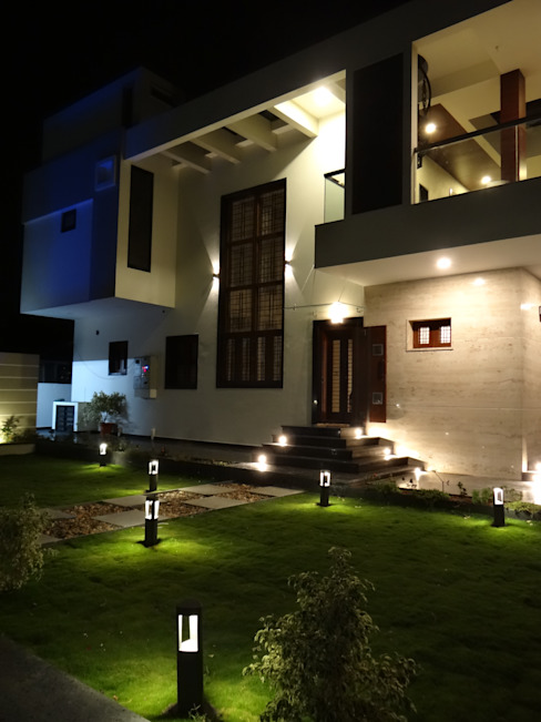 Residence of Mr.Chandru Hasta architects Modern houses