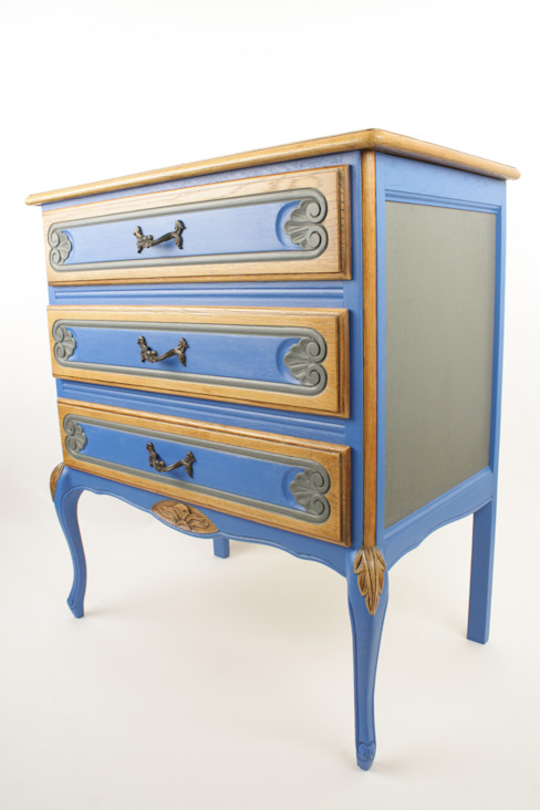 Upcycled oak chest of drawers: eclectic  by Narcissus Road Furniture Design, Eclectic