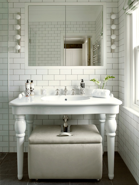 Wimbledon Modern bathroom by LEIVARS Modern