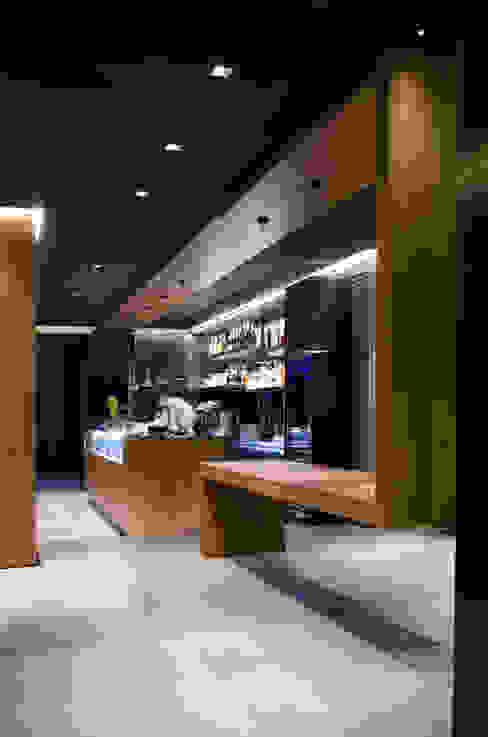 餐廳 by G. Giusto - A. Maggini - D. Pagnano,