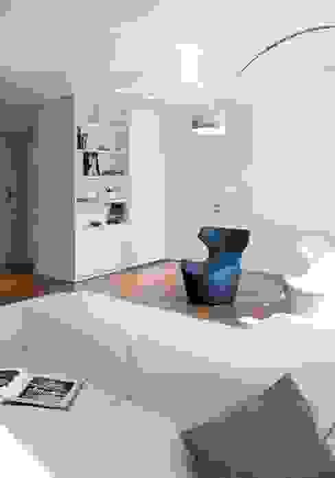 modern  by marta novarini architetto, Modern