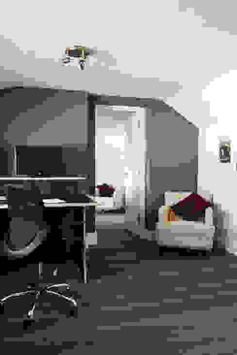 Edit Suites Top Floor homify Commercial Spaces