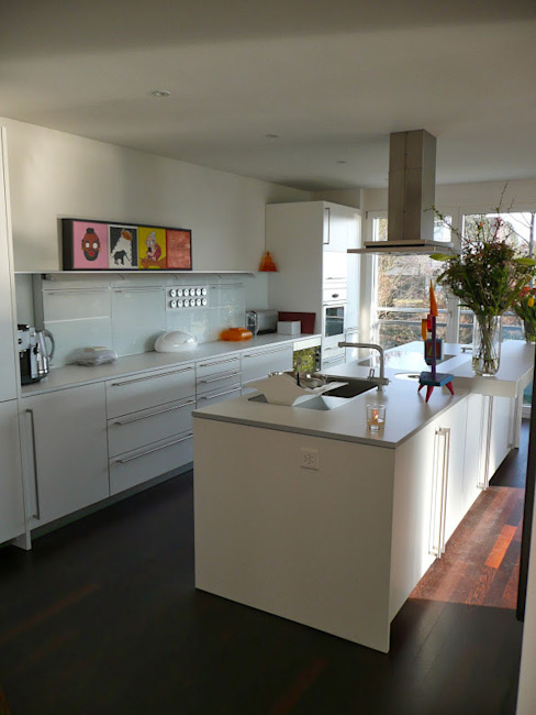 Zurich Apartment Eclectic style kitchen by 4D Studio Architects and Interior Designers Eclectic