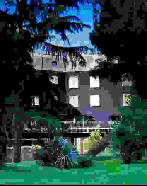 Minimalistische Hotels von laboratorio di architettura - gianfranco mangiarotti Minimalistisch