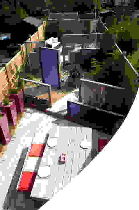Party garden in Sevenoaks, Kent Moderner Garten von Earth Designs Modern