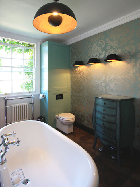 Hoxton Victorian Bathroom Eclectic style bathroom by Inara Interiors Eclectic
