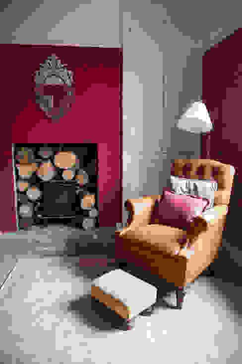 Period Conversion Klasyczne domowe biuro i gabinet od Designs for Living by Claire Beckhaus Klasyczny