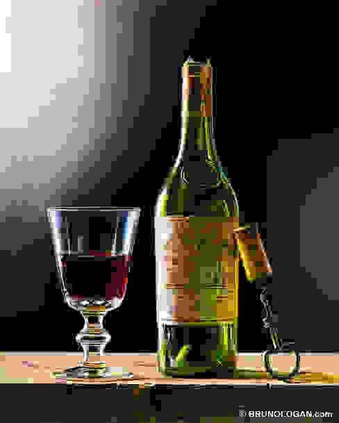 Chateau Haut-Brion en lumière - 41x33cm par Peinture en trompe-l'oeil Éclectique