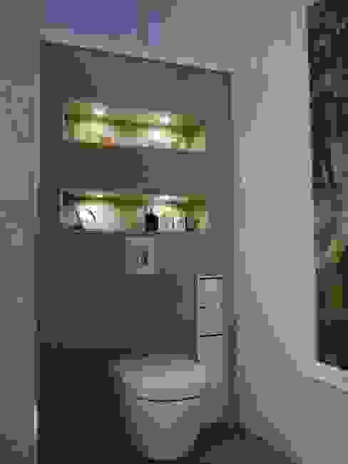 Modern Banyo Sascha Kregeler Badezimmer & Mehr Modern