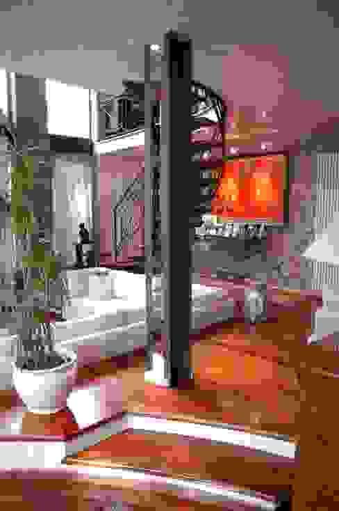 Casas de estilo  por Paolo Gerosa Design Studio, Ecléctico