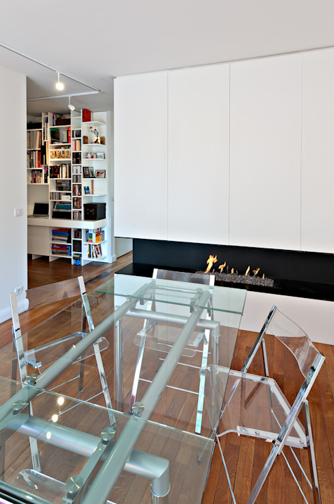 Modern dining room by Fables de murs Modern