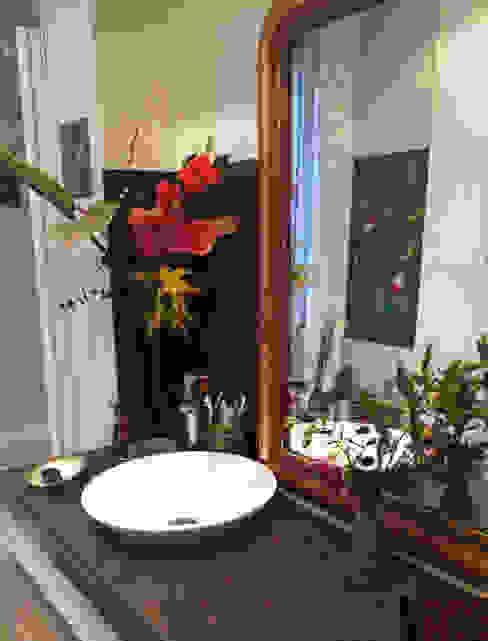 Rénovation petite salle de bain Salle de bain originale par Mosa de Luna Éclectique