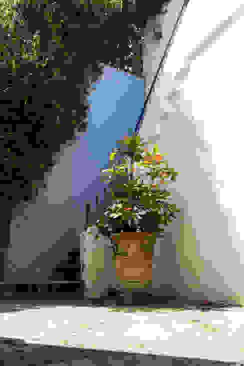 mediterranean  by Mikkael Kreis Architects , Mediterranean