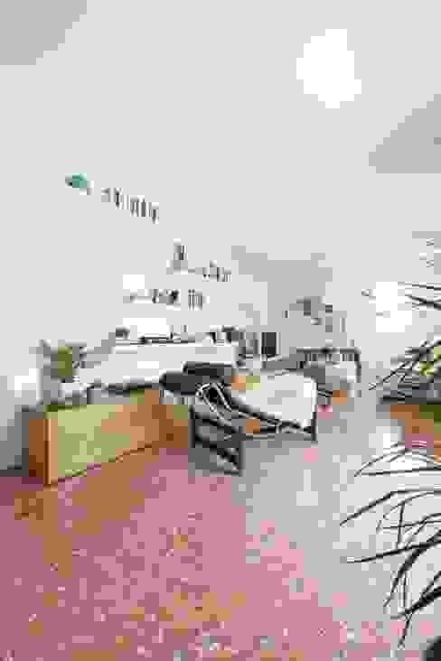 entrance Hành lang, sảnh & cầu thang phong cách hiện đại bởi Didonè Comacchio Architects Hiện đại