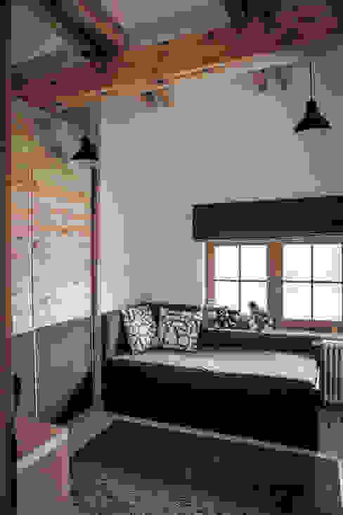 Pokój dla chłopca : styl , w kategorii Pokój dziecięcy zaprojektowany przez grupa KMK sp. z o.o,Rustykalny