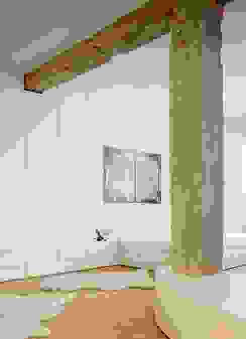Desengaño Dormitorios de estilo minimalista de Maroto e Ibañez Arquitectos Minimalista