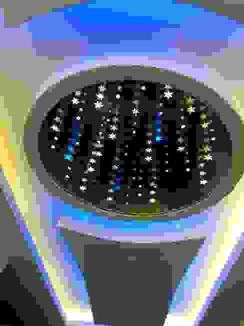 AZM DİZAYN – sonsuz tavan aynaları: modern tarz , Modern
