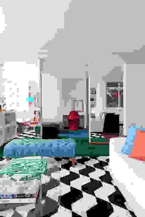 Cuartos de estilo moderno de Suite Arquitetos Moderno
