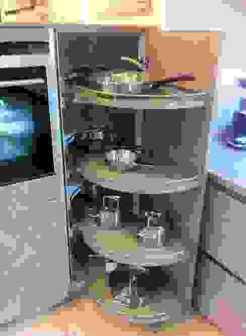 4 Seasons Kitchens:  tarz Mutfak